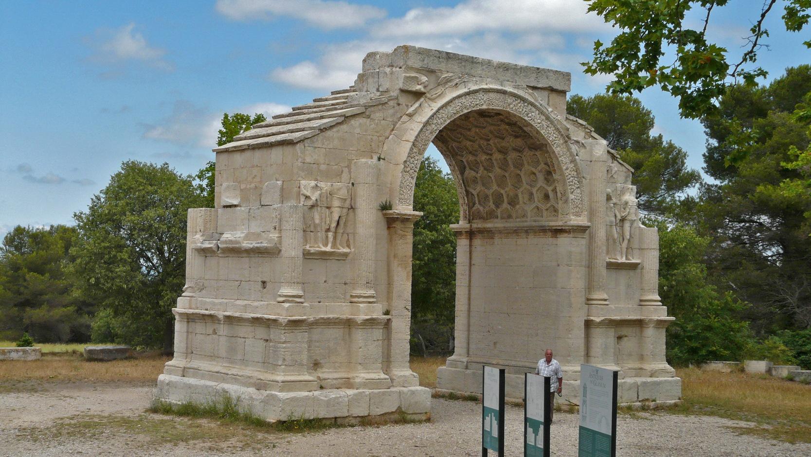 Saint remy de provence 02 rolf maltas website for Entretien jardin st remy de provence